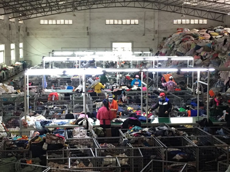 广州旧衣回收出口公司面向全国回收旧衣服、夏装、皮包、鞋子