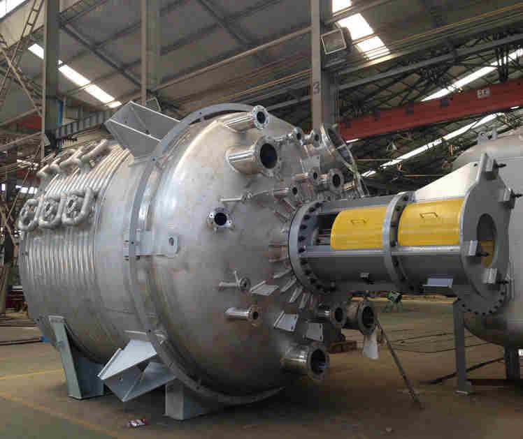 回收二手10吨不锈钢反应釜,20吨不锈钢高压反应罐