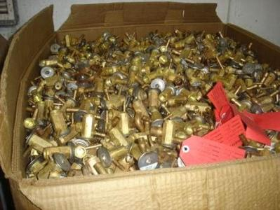 沈阳黄铜回收沈阳回收大块黄铜碎黄铜多少一斤