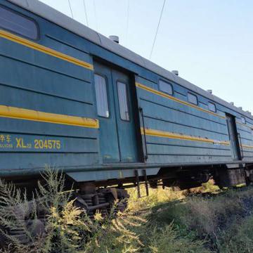 回收闲置火车皮|回收火车车厢|河北出售绿皮车厢