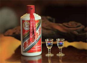 苏州吴中区回收五粮液-正规烟酒回收店