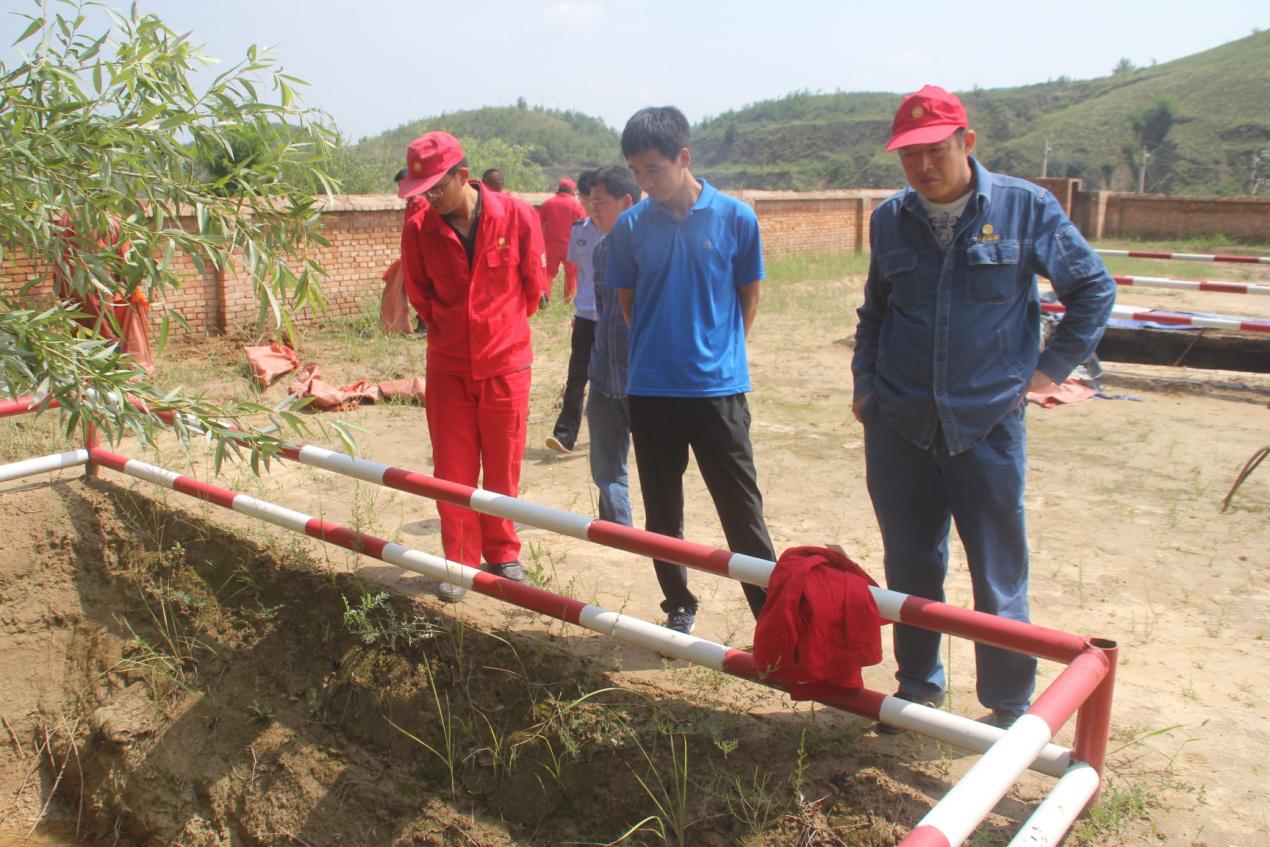 王瑶水库环境监察大队进行环境保护专项检查工作中