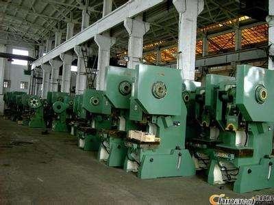广州永和开 发 区拆除回收啤酒厂旧设备为您服务
