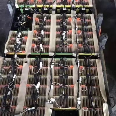 陕西动力电池电芯回收公司   新能源汽车电池模组回收